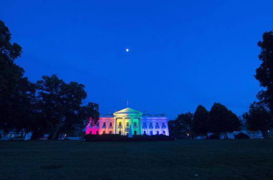 A Casa Branca transformou-se por algumas horas na Casa do Arco-íris.
