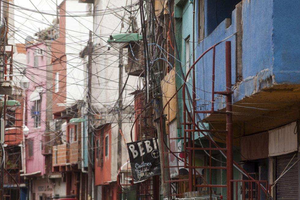 Uma rua de Vila 31, em Buenos Aires.