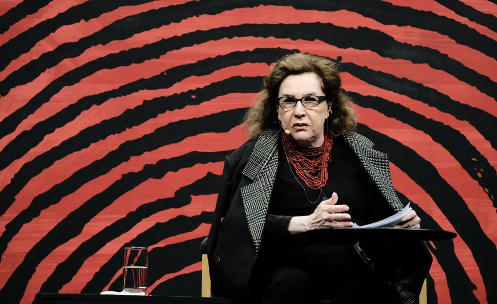 A ensaísta e crítica literária Walnice Nogueira Galvão, durante abertura da Flip 2019.