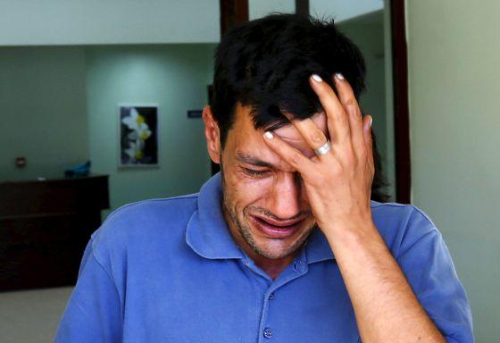 Abdullah Kurdi, o pai do menino encontrado morto na praia.