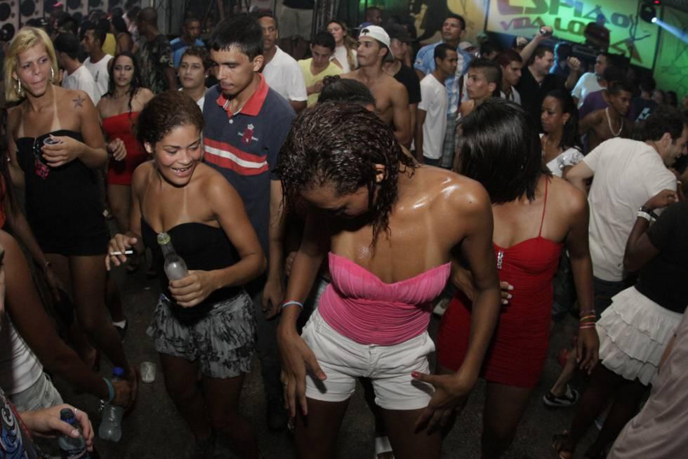 Baile funk na Rocinha.