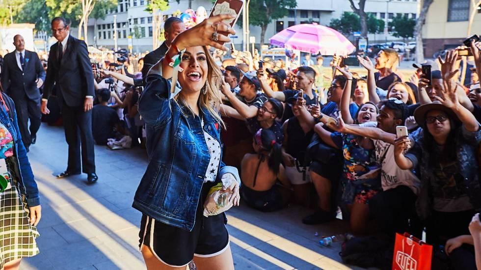 A 'youtuber' Nah Cardoso em evento no Rio de Janeiro