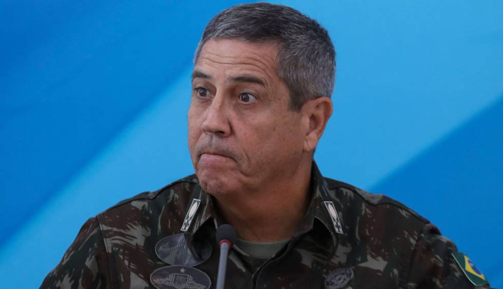 O interventor militar do Rio, general Walter Souza Braga Netto.