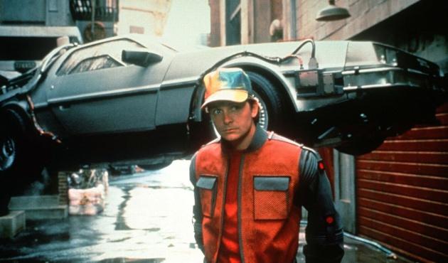 Em 'De Volta para o Futuro 2' havia carros e skates voadores.