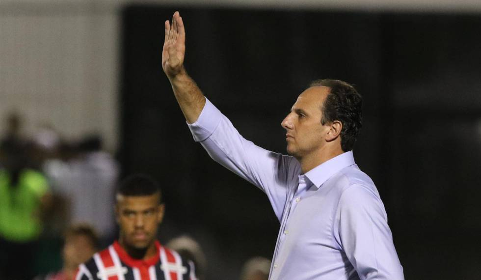 Nem Rogério Ceni, ídolo no São Paulo, contou com a paciência de clube e torcida.