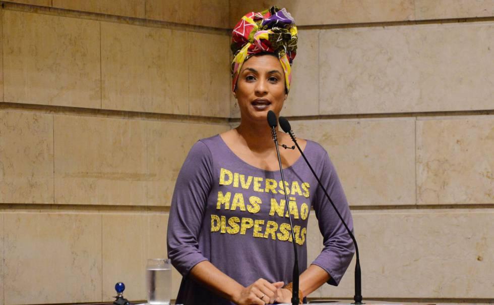 Marielle Franco em foto tirada em 28 de novembro de 2017 na Câmara Municipal do Rio de Janeiro