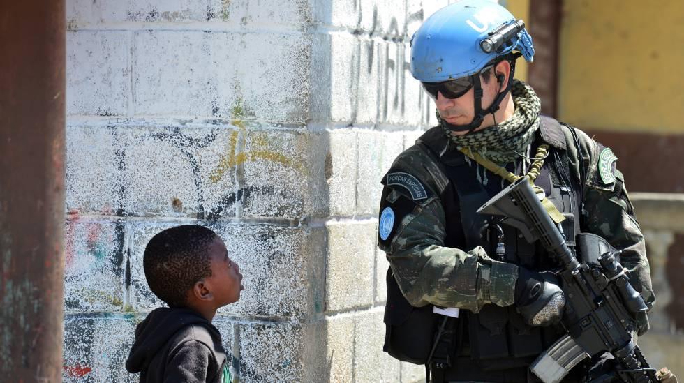 Exército brasileiro na Missão de Manutenção da Paz (MINUSTAH) do Haiti em junho deste ano