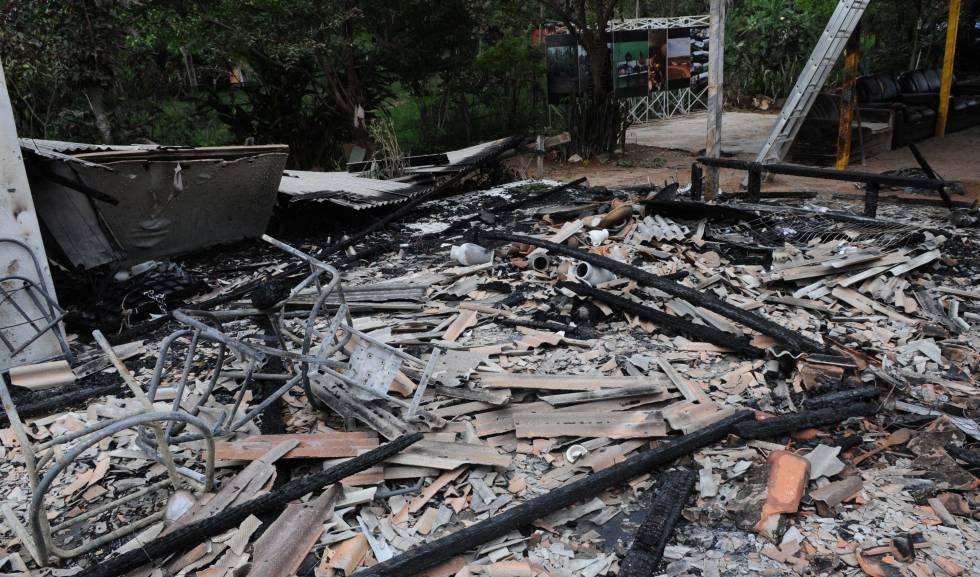 Terreiro de Candomblé incendiado.