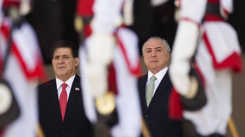 Os presidentes Cartes e Temer, no Palácio do Planalto.
