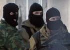 Forças de autodefesa invadem um batalhão situado nos arredores de Simferopol. O Ministério da Defesa da Ucrânia permitiu aos soldados leais a Kiev que utilizem suas armas