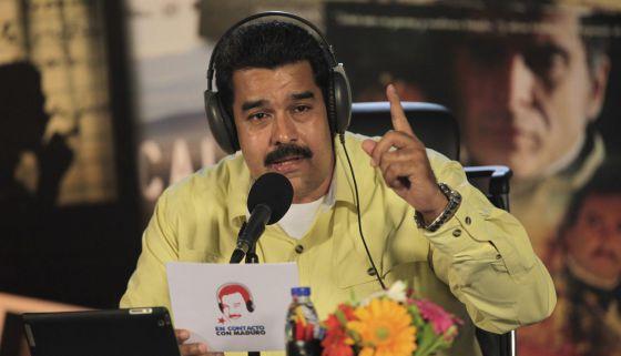 O presidente Maduro fala em seu programa de rádio.