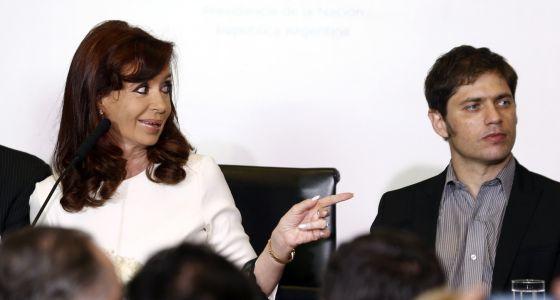 A presidenta Cristina Fernandez e o ministro Axel Kicillof.