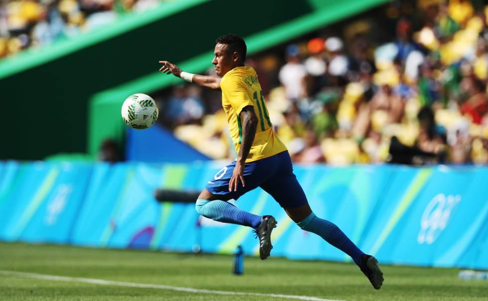 Neymar durante semifinal contra Honduras.