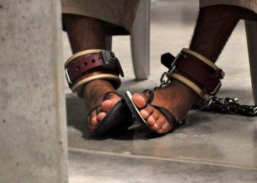 Apesar da transferência de 15 detentos para os Emirados Árabes Unidos, parece improvável que o presidente consiga fechar a penitenciária, que ainda mantém 61 prisioneiros