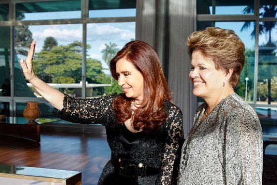 Cristina Fernandez De Kirchner com Dilma Rousseff.