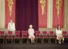 A revista  Elle  mostra a escassa presença feminina nos centros de poder internacionais com a ajuda do programa de edição de fotos