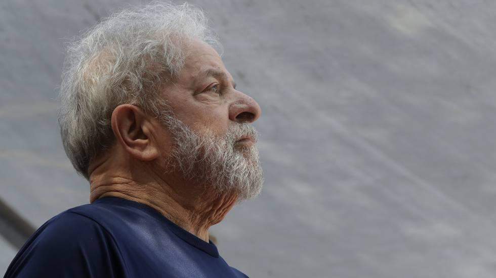 Ex-presidente no dia da prisão