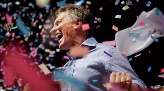 Mauricio Macri celebra em Buenos Aires sua vitória eleitoral.