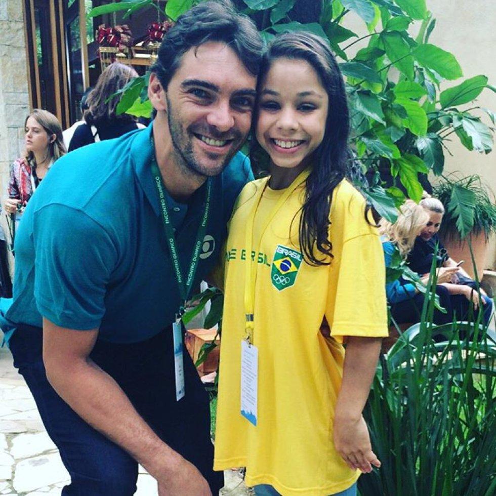 Flávia Saraiva e o ex-jogador de vôlei, Giba.