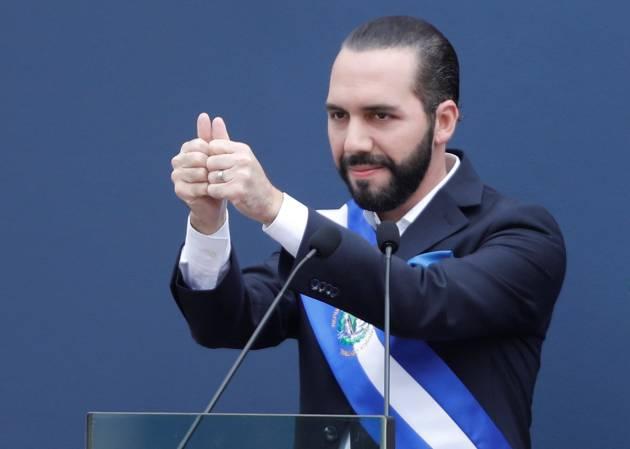 Nayib Bukele durante seu juramento como novo presidente de El Salvador.