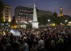 Manifestantes organizam passeatas para exigir que o óbito do promotor que foi encontrado morto em casa seja esclarecido