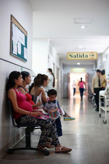 Mulheres grávidas no hospital Juan Atalaya, em Cúcuta, Colômbia.