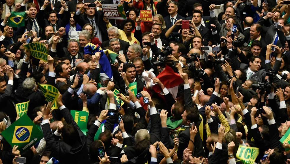 Deputados no Congresso brasileiro