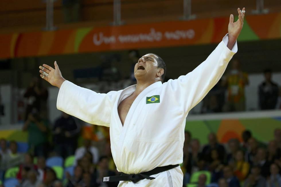 Rafael Silva vence e conquista segundo bronze olímpico de sua carreira.