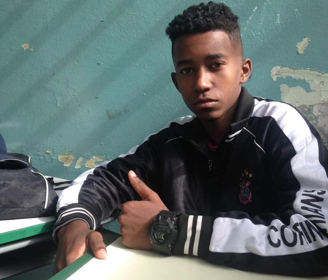 Dennys Guilherme dos Santos Franco, 16 anos, morador da Vila Matilde, zona leste paulistana. Ele é uma das nove vítimas pisoteadas durante ação da PM em baile funk de Paraisópolis, na zona sul de São Paulo.
