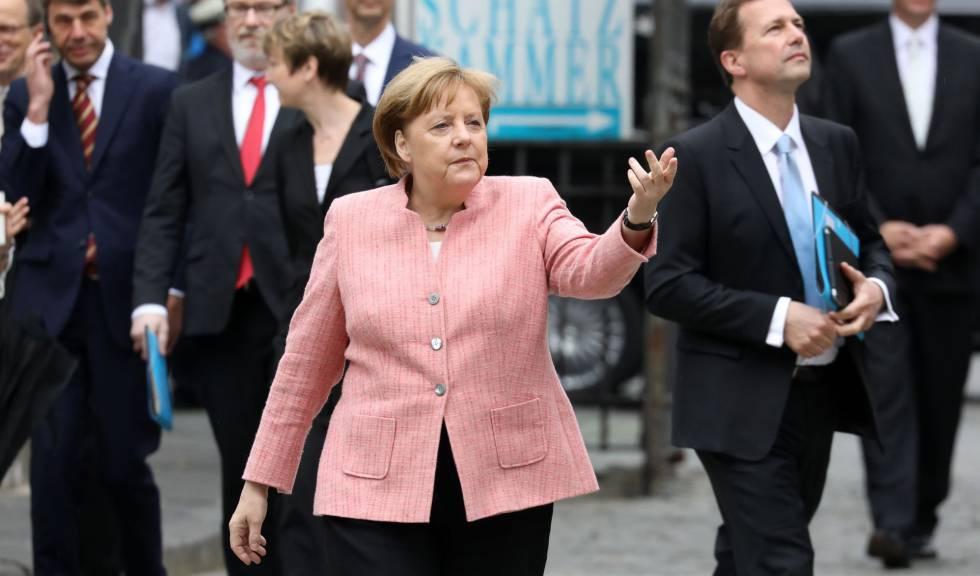 O chanceler alemã, Angela Merkel, nesta quinta-feira em Aquisgrán.