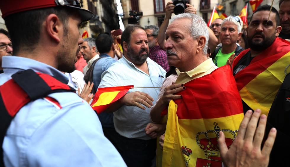 Concentração contra o referendo em Barcelona.
