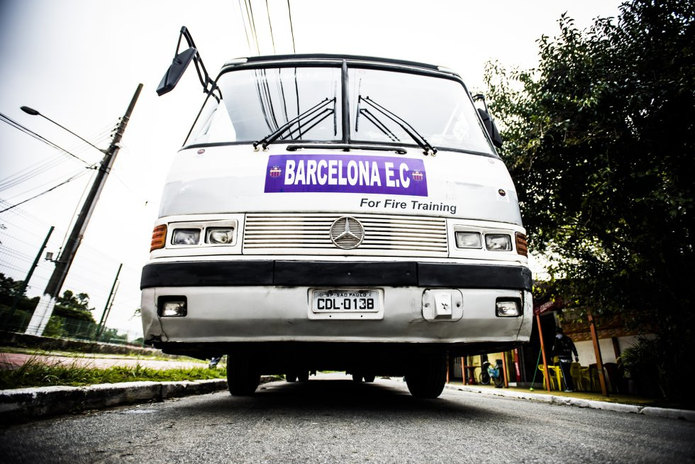 A rotina nada glamourosa do Barcelona brasileiro