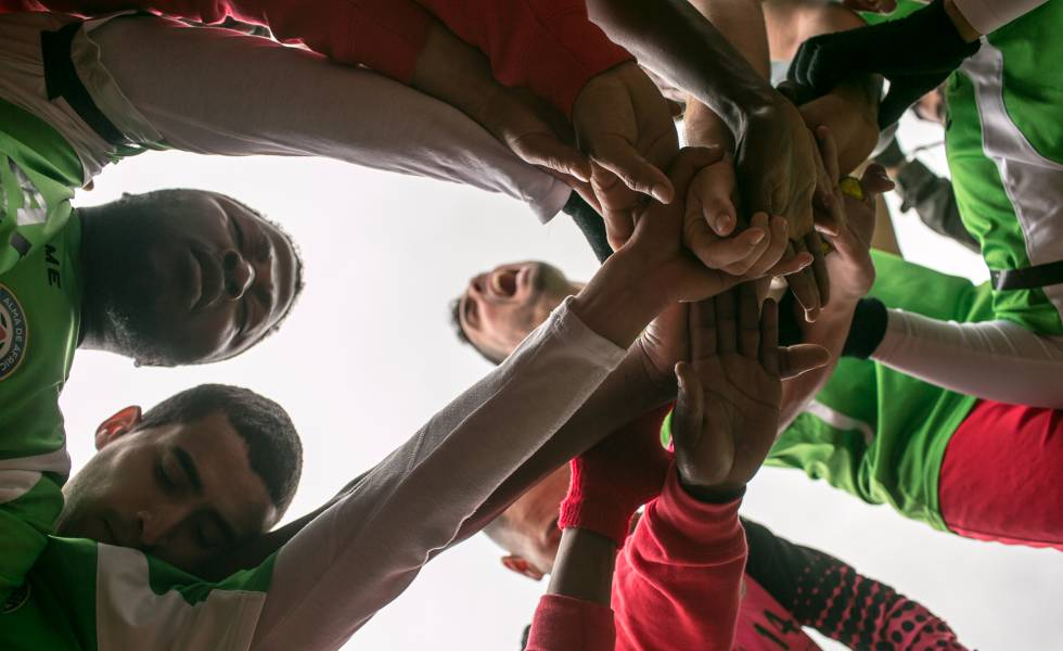 Os jogadores do Alma da África, durante um jogo em Alcalá del Valle.