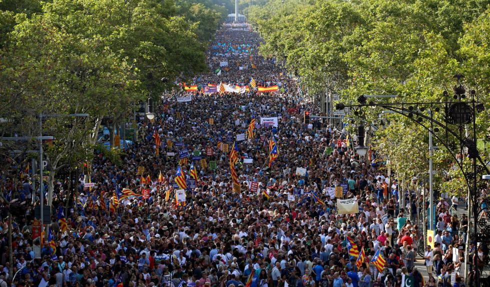 Vista da manifestação contra o terrorismo em Barcelona celebrada no sábado.