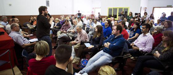 Uma assembleia de Podemos em Rivas Vaciamadrid.