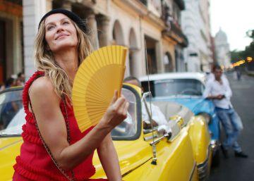 Chanel, expressão máxima da alta-costura, desfila pela primeira vez na América Latina tendo a capital de Cuba socialista como passarela