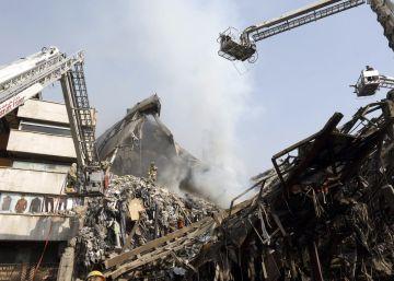 Prédio desmoronou durante um incêndio, segundo o prefeito da capital iraniana