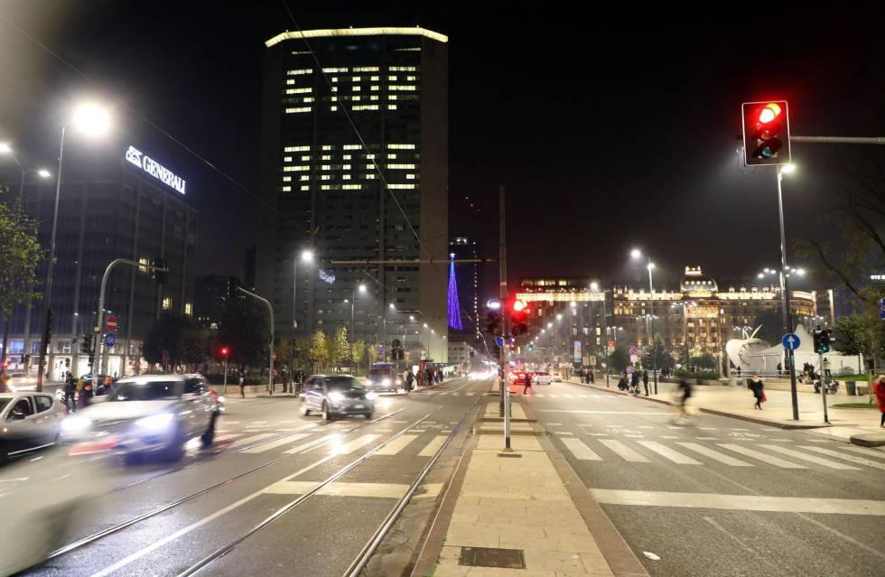 Letreiro em apoio ao Dia Mundial contra a AIDS, na Itália