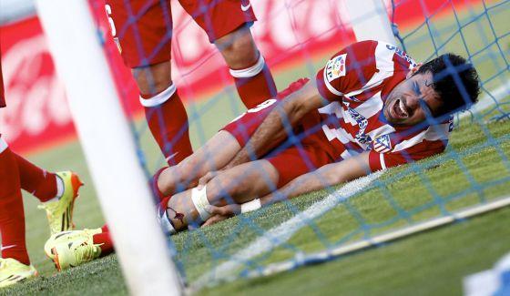 Diego Costa grita de dor depois de marcar o segundo gol do Atlético.