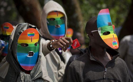 Protestos no Quênia contra a lei homofóbica da Uganda.