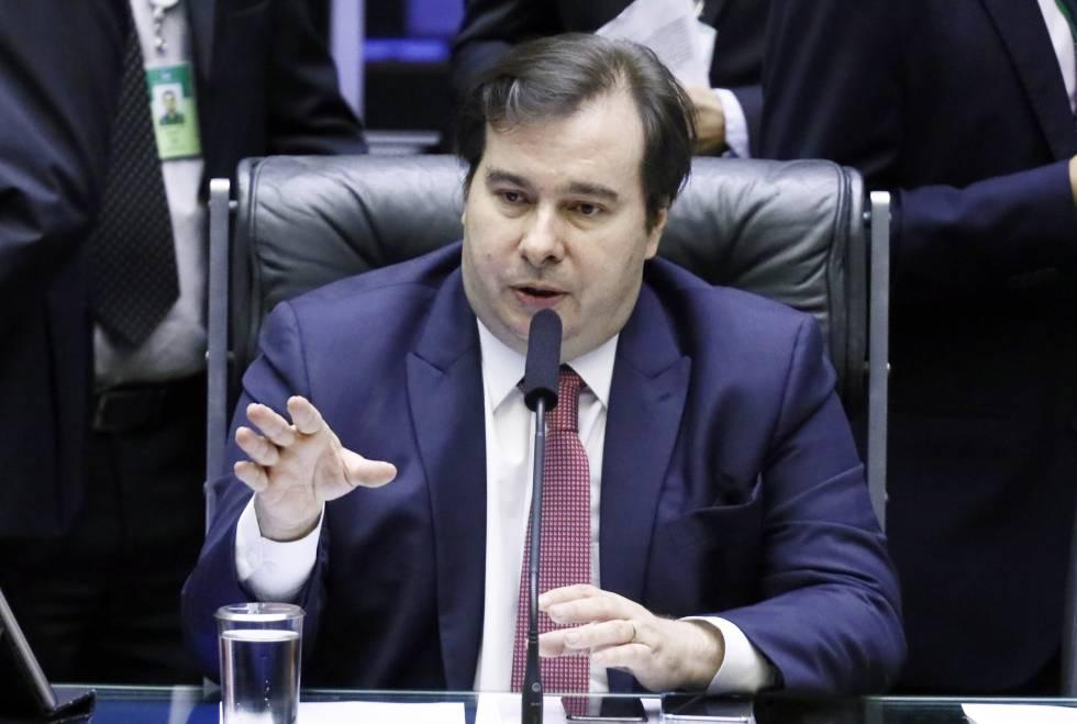 O presidente da Câmara, deputado Rodrigo Maia, nesta terça-feira no plenário da Casa.