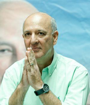 A Justiça impugna a candidatura do ex-governador Arruda.