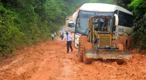 Trecho sem asfalto da rodovia BR-163 em Novo Progresso, no norte de Mato Grosso, na semana passada.
