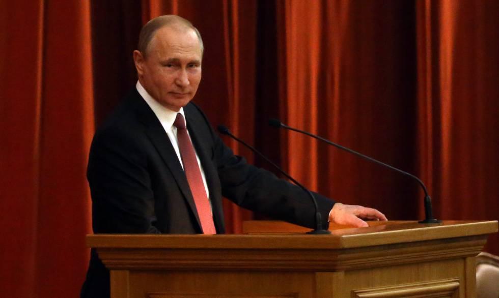 Putin, durante o encontro com seus embaixadores nesta quinta-feira em Moscou.