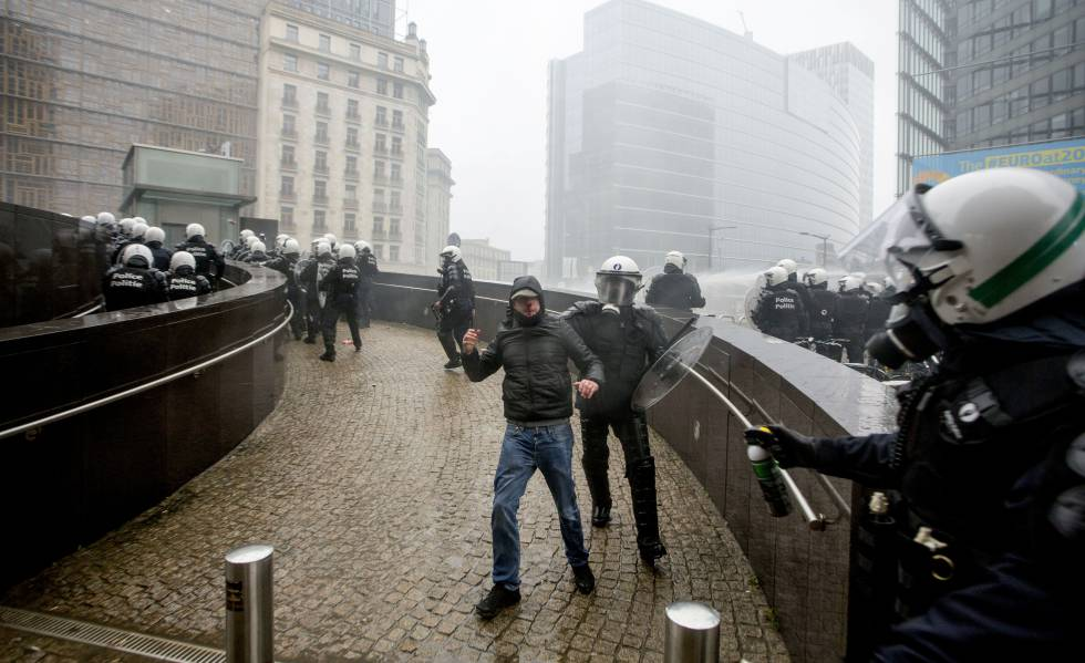 Manifestação da extrema direita em Bruxelas.