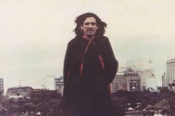 O poeta e jornalista Torquato Neto.
