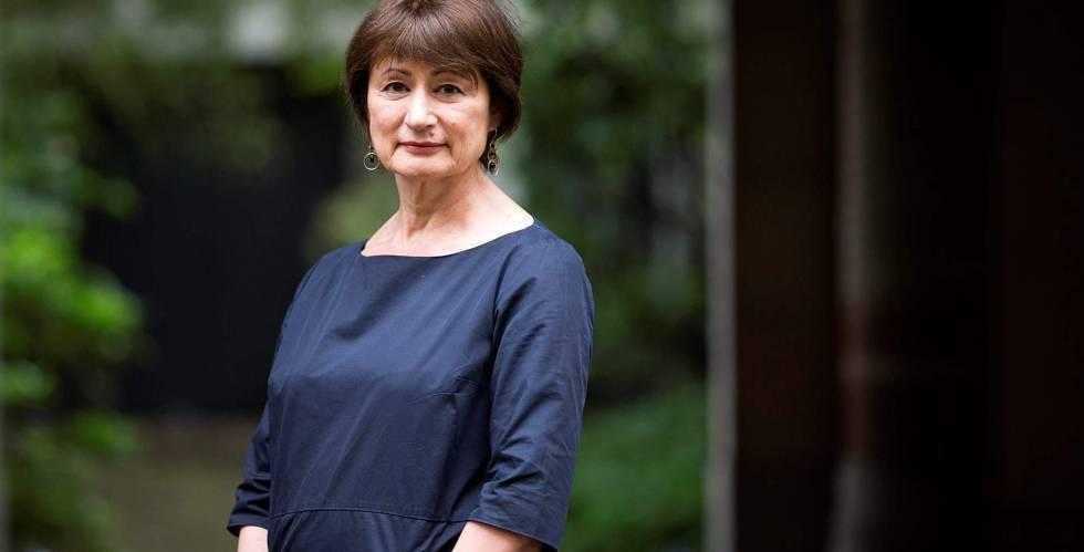 A escritora Catherine Millet, uma das que assinou o manifesto apoiado pela atriz Catherine Deneuve.