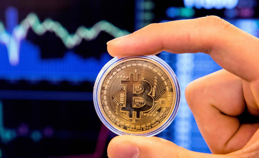 Representação da criptomoneda bitcoin.