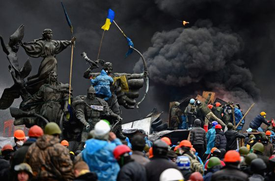 Manifestação contra o governo ucraniano em Kiev no dia 20 de fevereiro de 2014.