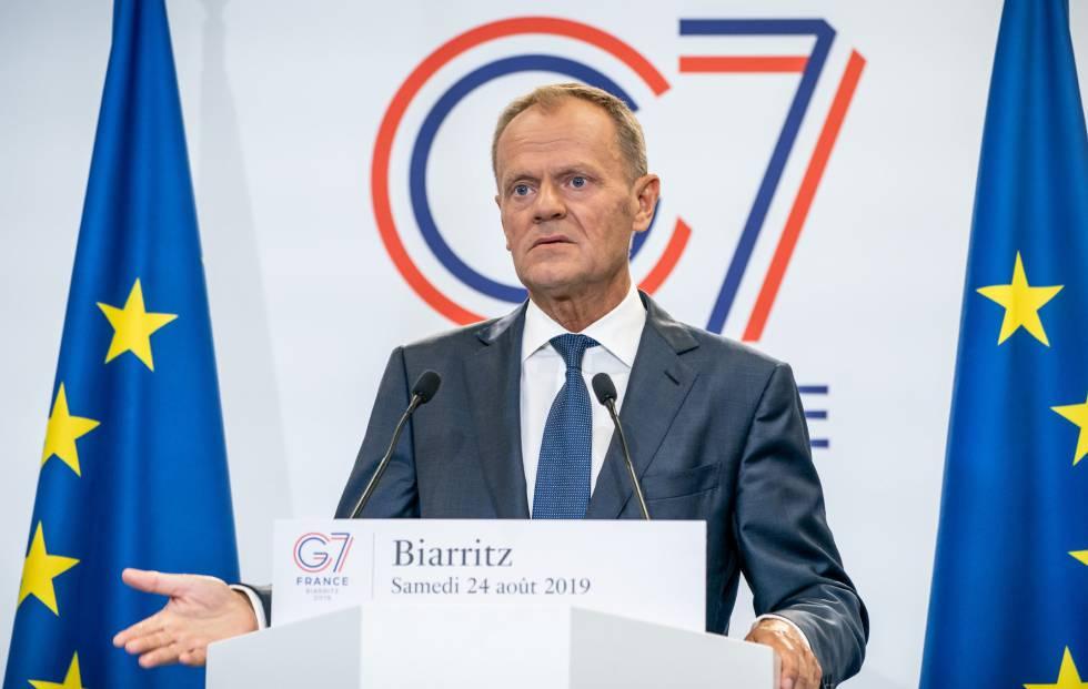 Tusk em coletiva no G7, em Biarritz.